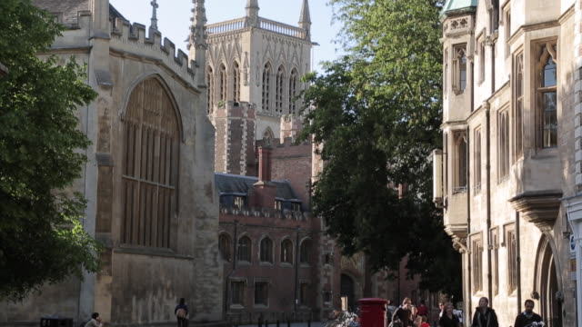st john´s chapel & architecture on trinity street, cambridge, cambridgeshire, england, uk, europe - cambridge university stock videos and b-roll footage