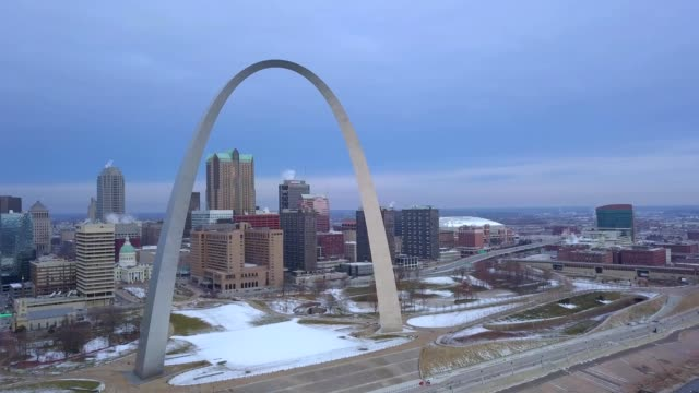 st louis arch on a winter morning - arch stock videos & royalty-free footage