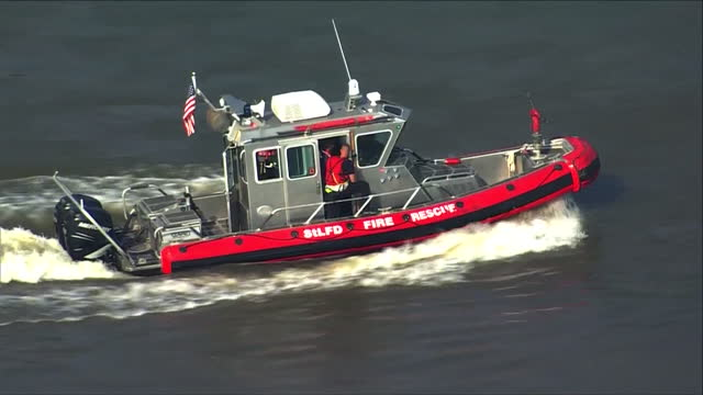 st. louis, mo, u.s. - st. louis fire department speedboats during law enforcement training on mississippi river, on wednesday, july 28, 2021. the... - helicopter point of view stock videos & royalty-free footage