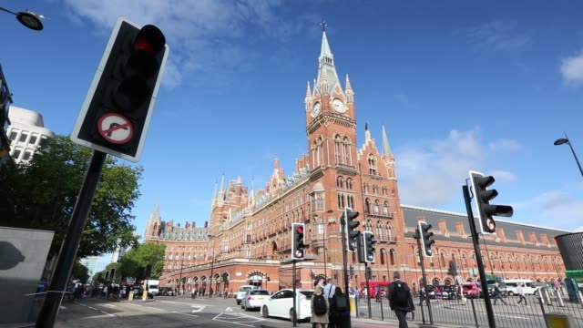 st pancras railway station, euston road, london, uk. - brick stock videos & royalty-free footage