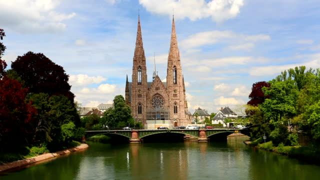 vidéos et rushes de st. paul church à strasbourg - strasbourg