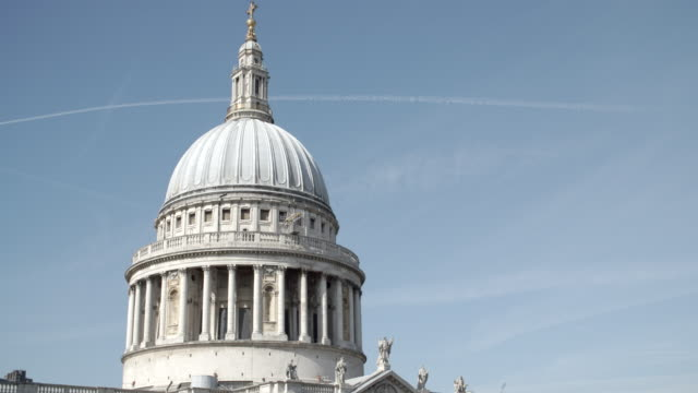 st paul's cathedral / london, united kingdom - st. paul's cathedral london stock videos & royalty-free footage