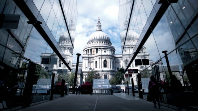 st paul's cathedral london - famous place stock videos & royalty-free footage