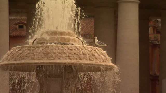 st. peter's square in vatican - fountain - fountain stock videos & royalty-free footage