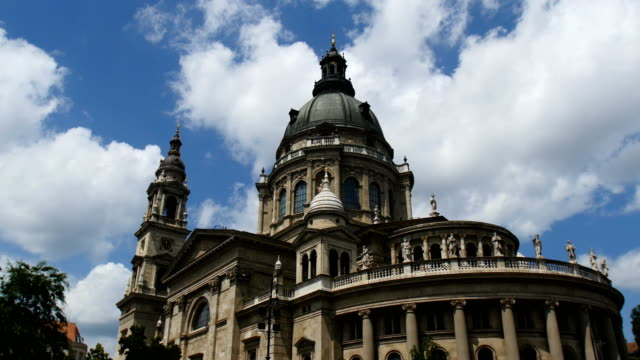 St. Stephen's Basilica- The Largest Church in Hungary. Budapest