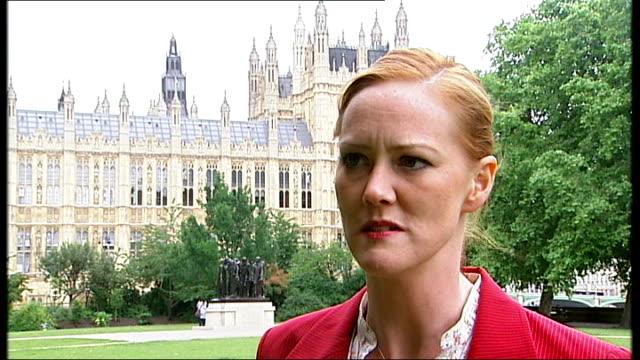 St Stephen's Tower Heather Brooke interview SOT Tessa Jowell MP interview SOT