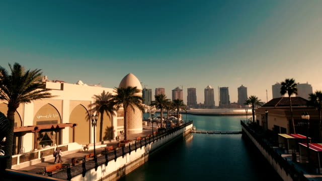 """stabilized tracking shot in """"the pearl-qatar"""" in doha, qatar - dolly shot stock videos & royalty-free footage"""
