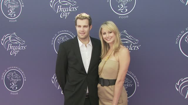 stacy keibler and geoff stults at the breeders' cup world thoroughbred championships day two at los angeles ca. - ジェフ スタルツ点の映像素材/bロール