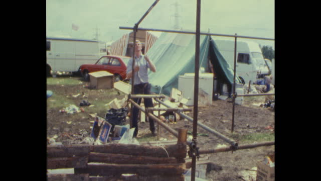 stage area being taken down at worthy farm, pilton, somerset, after the 1985 glastonbury festival - 1985 stock videos & royalty-free footage