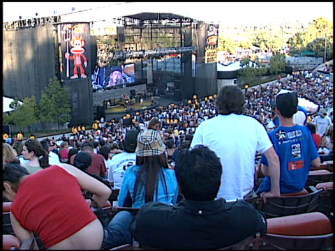 stage/screen at the kroq's weenie roast on june 15 2002 - kroq weenie roast stock videos & royalty-free footage