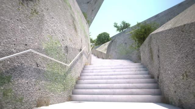 treppe zum sonnenlicht - treppe stock-videos und b-roll-filmmaterial