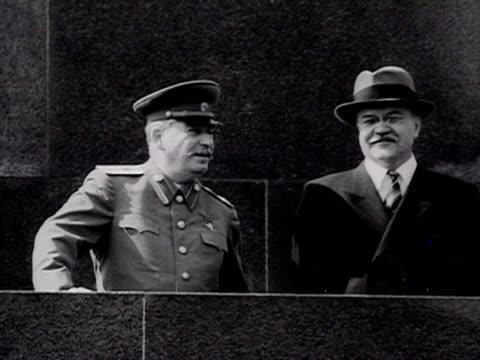 ms stalin talking to molovtov audio / moscowrussia - anno 1947 video stock e b–roll