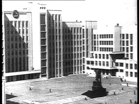 stockvideo's en b-roll-footage met stalinist architecture in minsk / belarus, russia - 1935