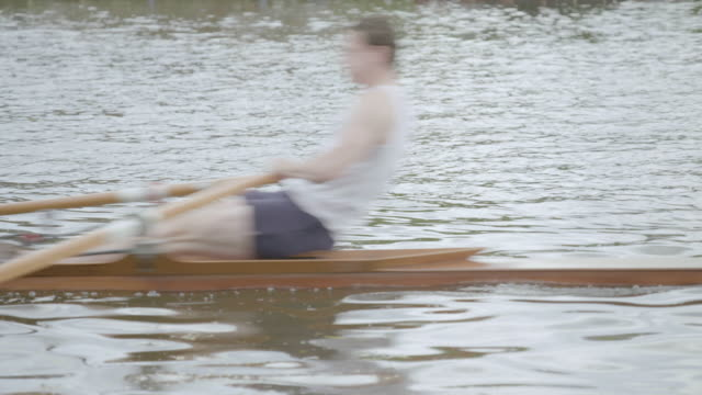 ms stan admiraal rowing scull boat on thames river / henley-on-thames, united kingdom - river thames stock videos & royalty-free footage