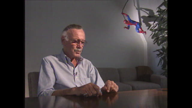 stan lee saying 'i had never intended to get into the comic book business, i wanted to be a real writer' - 作品名 ファンタスティック・フォー点の映像素材/bロール
