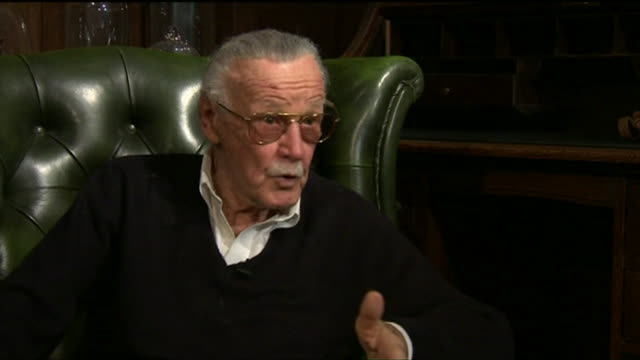 stan lee saying 'we would all be hoping that somebody would buy the comic books so we could keep our jobs and pay the rent' - 作品名 ファンタスティック・フォー点の映像素材/bロール