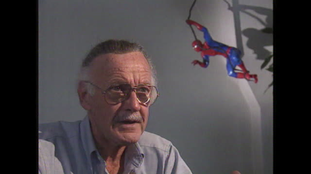 stan lee talks about collaborating with comic book artists saying 'the artist and i would talk over the story..very often the artist would bring my... - 作品名 ファンタスティック・フォー点の映像素材/bロール