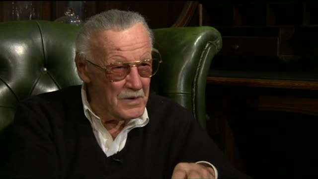 stan lee talks about his cameo appearances in the marvel films saying 'they are such fun for me to do' - 作品名 ファンタスティック・フォー点の映像素材/bロール