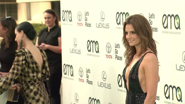 stana katic at 25th annual environmental media awards in los angeles ca - stana katic stock videos and b-roll footage