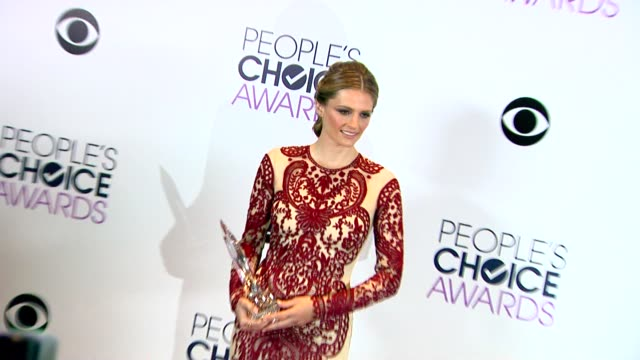 stana katic at the 40th annual people's choice awards photo room at nokia theatre la live on in los angeles california - stana katic stock videos and b-roll footage