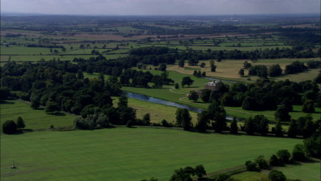 stanford hall-vista aerea-inghilterra, northamptonshire, daventry distretto, regno unito - xvii° secolo video stock e b–roll