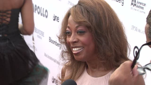 star jones at the 2010 apollo theater benefit concert & awards ceremony - arrivals at new york ny. - star jones stock videos & royalty-free footage