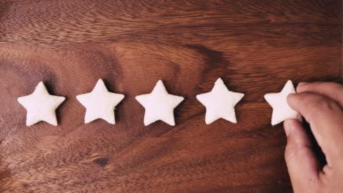 stockvideo's en b-roll-footage met 5 sterren beoordeling excellence klantbeoordeling feedback concept - klanten georiënteerd