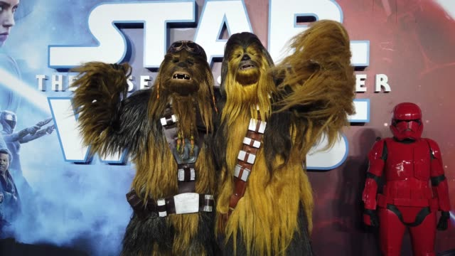 star wars cosplay characters attends star wars the rise of skywalker european premiere at cineworld leicester square on december 18 2019 in london... - star wars stock videos & royalty-free footage