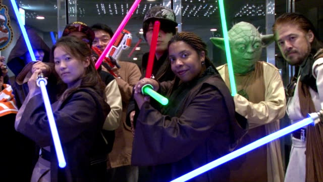 star wars fans crowd a movie theater in tokyo's yurakucho entertainment district on dec 18 the opening day for star wars the force awakens nationwide... - star wars stock videos & royalty-free footage