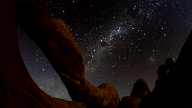 t/l stars at the spitzkoppe arch - granite rock stock videos & royalty-free footage