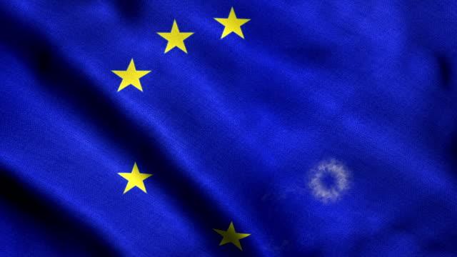 vídeos de stock e filmes b-roll de stars disappearing from eu flag - brexit