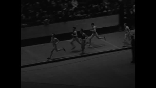 mspan start of 1500meter run / vs 1500meter run with glenn cunningham bill bonthron and gene venzke leading the pack cunningham crossing finish first... - 1934 stock videos & royalty-free footage
