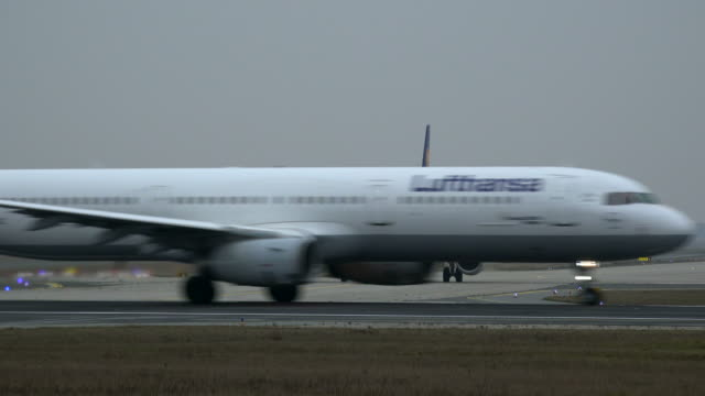 Starting Lufthansa Airbus airplane at Frankfurt Airport, Frankfurt am Mein, Hesse, Germany