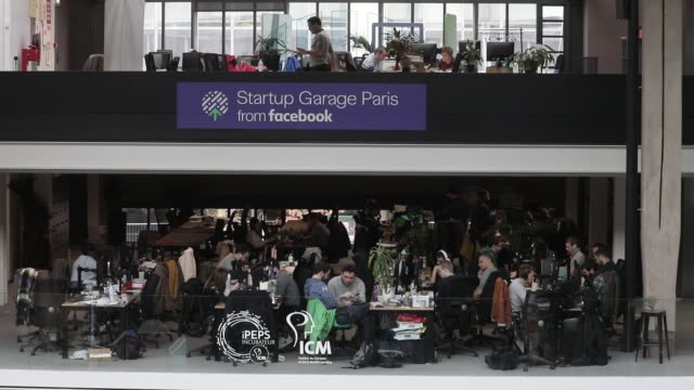 startup garage paris from facebook at station f world s biggest startup campus on march 5 2020 in paris france - annuncio economico video stock e b–roll