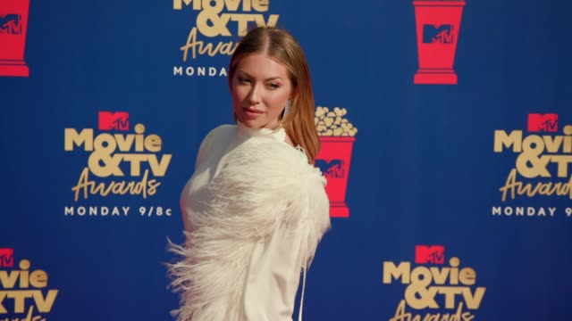 stassi schroeder at the 2019 mtv movie tv awards at barkar hangar on june 15 2019 in santa monica california - mtv movie & tv awards stock videos & royalty-free footage