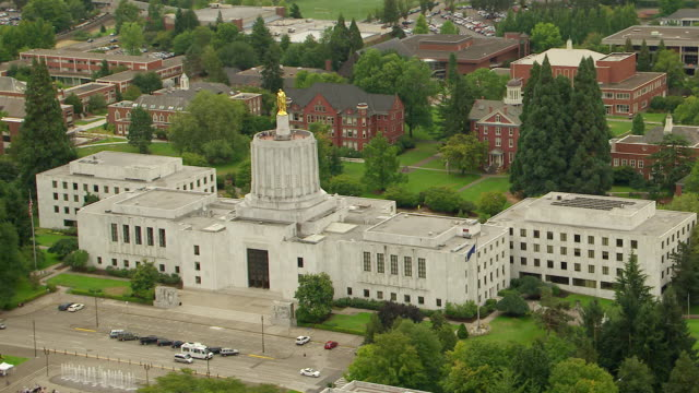 WS AERIAL State Capitol building in downtown Salem / Oregon, United States