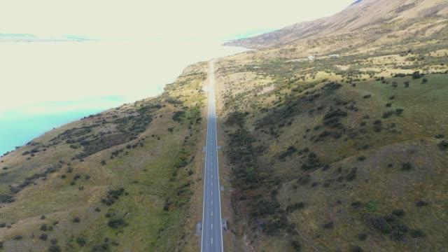 vidéos et rushes de state highway 80 au mont cook - lac pukaki et alpes du sud en nouvelle-zélande f2/3 - littoral