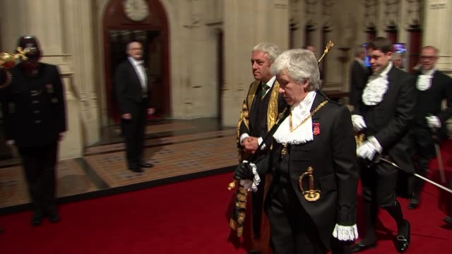state opening of parliament: politicians attend queen's speech ceremony; england: london: houses of parliament: peers' lobby: int ceremonial mace /... - 女優 サラ クラーク点の映像素材/bロール