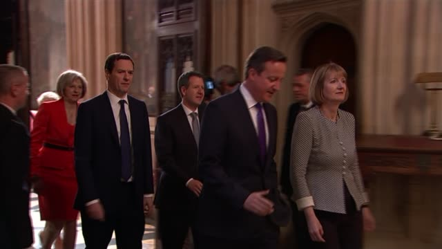 queen's speech 2015 david cameron harriet harman mp along followed by other ministers and mps politicians wearing red robes with white collar... - white collar worker点の映像素材/bロール