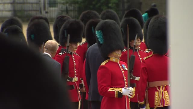 welcome from the queen at horseguards parade king felipe vi and prince philip inspecting soldiers / members of the royal party into carriages and away - state visit stock videos & royalty-free footage