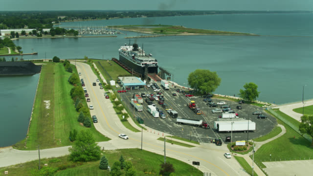 static drone shot of ferry terminal in manitowoc, wisconsin - ferry terminal stock videos & royalty-free footage