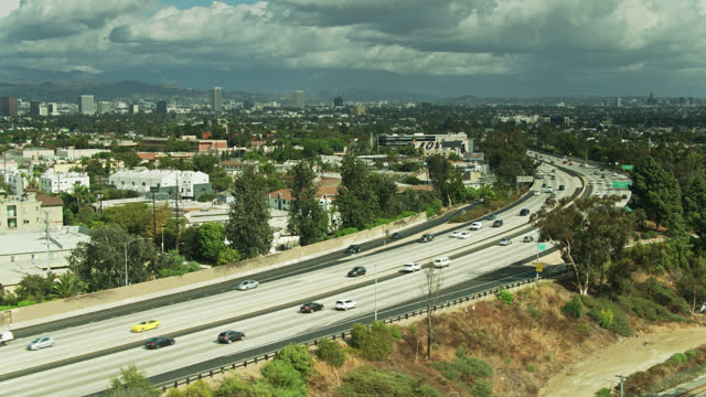 static drone shot of i-10 in los angeles looking towards koreatown - interstate 10 stock videos & royalty-free footage