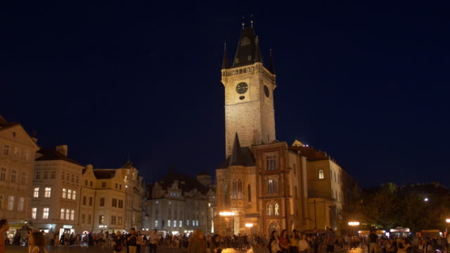 static establishing shot of building and architecture in old town square prague czech republic - establishing shot stock videos & royalty-free footage