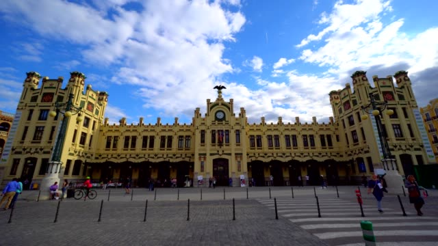 estacion del nord - valencia - monument stock videos & royalty-free footage
