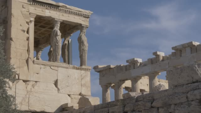 stationary shot showing the erechtheion, the acropolis, unesco world heritage site, athens, greece, europe - the erechtheion stock videos & royalty-free footage