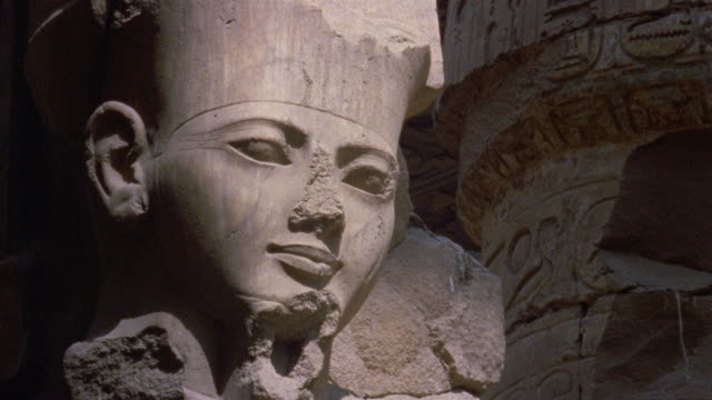cu statue at luxor temple/ luxor, egypt - statue stock videos & royalty-free footage