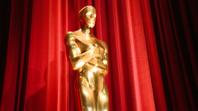 stockvideo's en b-roll-footage met statue at the 88th annual academy awards nominations at the academy of motion picture arts and sciences on january 14, 2016 in los angeles,... - academy awards