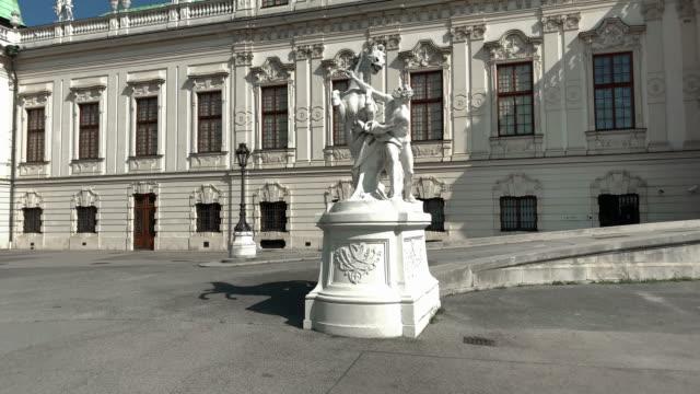 vidéos et rushes de statues belvedere vienne - palais du belvédère vienne