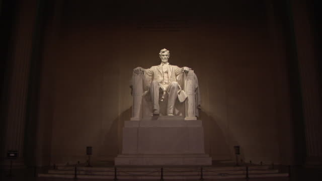 ms, zi, statue of abraham lincoln, lincoln memorial, washington dc, washington, usa - abraham lincoln stock videos & royalty-free footage
