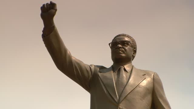MS Statue of Agostinho Neto / Luanda, Angola